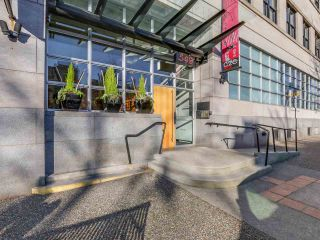 """Photo 3: 511 549 COLUMBIA Street in New Westminster: Downtown NW Condo for sale in """"C2C LOFTS"""" : MLS®# R2129468"""