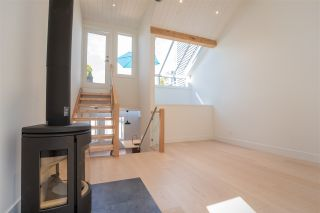 "Photo 4: 1676 ARBUTUS Street in Vancouver: Kitsilano Townhouse for sale in ""ARBUTUS COURT"" (Vancouver West)  : MLS®# R2527219"