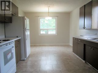 Photo 7: 807 5th Street in Hines Creek: House for sale : MLS®# A1131931