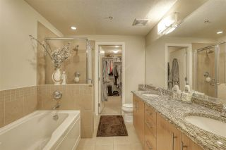 """Photo 12: 107 16421 64 Avenue in Surrey: Cloverdale BC Condo for sale in """"St. Andrews"""" (Cloverdale)  : MLS®# R2458467"""