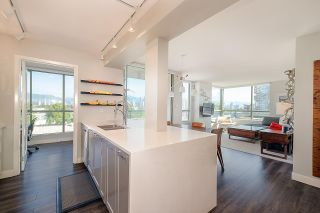 """Photo 12: 603 2288 PINE Street in Vancouver: Fairview VW Condo for sale in """"The Fairview"""" (Vancouver West)  : MLS®# R2303181"""