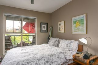 """Photo 9: 322 332 LONSDALE Avenue in North Vancouver: Lower Lonsdale Condo for sale in """"CALYPSO"""" : MLS®# R2275459"""