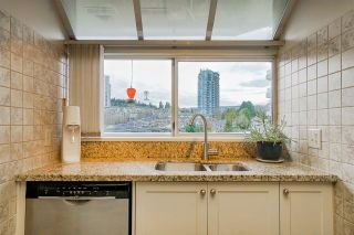 """Photo 7: 1102 69 JAMIESON Court in New Westminster: Fraserview NW Condo for sale in """"Palace Quay"""" : MLS®# R2562203"""