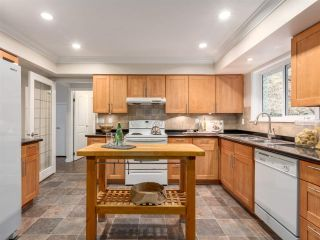 Photo 8: 992 CANYON Boulevard in North Vancouver: Canyon Heights NV House for sale : MLS®# R2455224