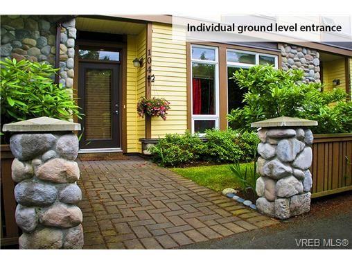 Photo 2: Photos: 104 2747 Jacklin Rd in VICTORIA: La Langford Proper Condo for sale (Langford)  : MLS®# 662008