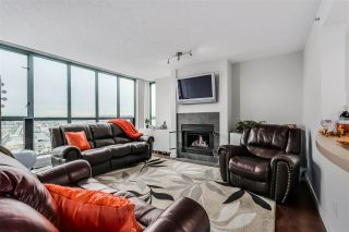 Photo 2: 1704 1188 QUEBEC STREET in Vancouver: Mount Pleasant VE Condo for sale (Vancouver East)  : MLS®# R2007487