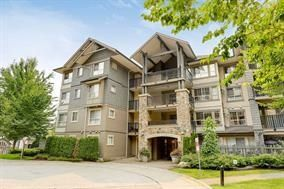 """Main Photo: 106 2958 WHISPER Way in Coquitlam: Westwood Plateau Condo for sale in """"Summerlin"""" : MLS®# R2235427"""