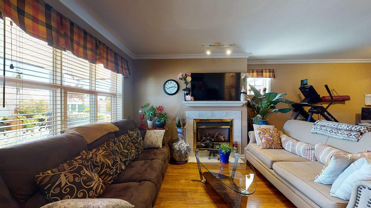 Photo 11: Photos: 5682 CASCADE Crescent in Sechelt: Sechelt District House for sale (Sunshine Coast)  : MLS®# R2488807