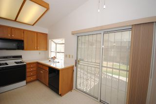Photo 10: 12418 Highgate Avenue in Victorville: Property for sale : MLS®# 502529