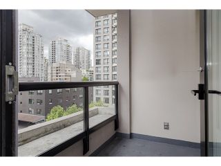 Photo 12: 704 909 MAINLAND Street in Vancouver: Yaletown Condo for sale (Vancouver West)  : MLS®# V1072136