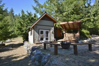 Photo 15: 11 13651 CAMP BURLEY ROAD in Garden Bay: Pender Harbour Egmont House for sale (Sunshine Coast)  : MLS®# R2200142