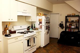 Photo 9: 977 E 11TH Avenue in Vancouver: Mount Pleasant VE House for sale (Vancouver East)  : MLS®# R2620004