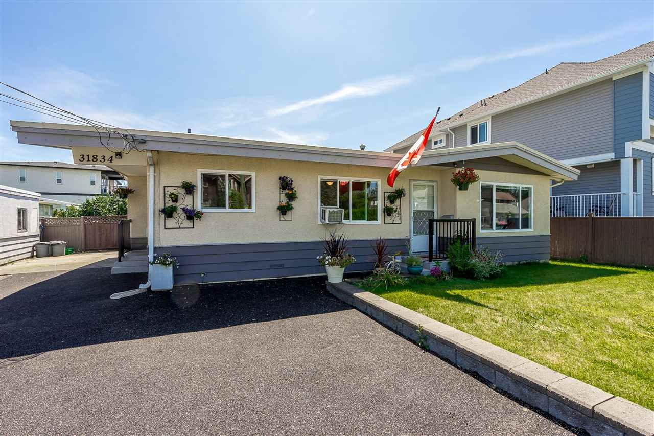 Main Photo: 31834 OLD YALE Road in Abbotsford: Abbotsford West House for sale : MLS®# R2478744