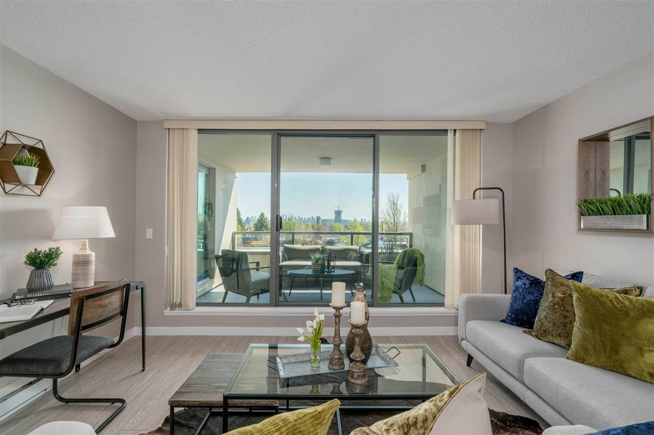 """Photo 2: Photos: 306 4160 ALBERT Street in Burnaby: Vancouver Heights Condo for sale in """"CARLETON TERRACE"""" (Burnaby North)  : MLS®# R2265283"""