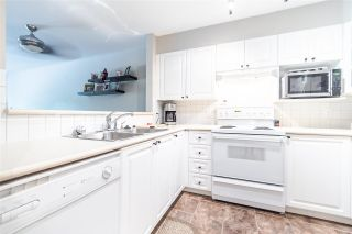 """Photo 10: 311 1575 BEST Street: White Rock Condo for sale in """"The Embassy"""" (South Surrey White Rock)  : MLS®# R2591761"""