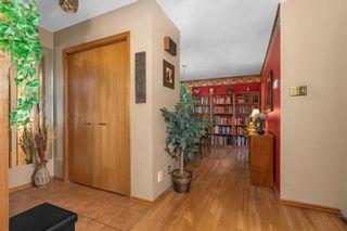Photo 4: 111 Donan Street in Winnipeg: Riverbend Residential for sale (4E)  : MLS®# 202122424