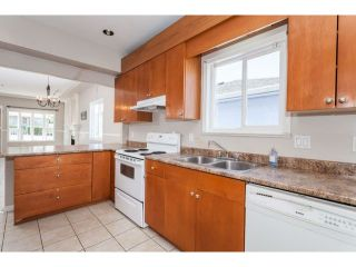 """Photo 5: 4766 KNIGHT Street in Vancouver: Knight House for sale in """"KNIGHT"""" (Vancouver East)  : MLS®# V1128909"""