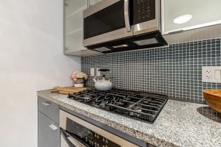 Photo 10: 1207 33 SMITHE Street in Vancouver: Yaletown Condo for sale (Vancouver West)  : MLS®# R2625751