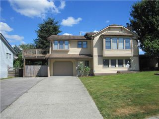 Photo 1: 22637 KENDRICK Loop in Maple Ridge: East Central House for sale : MLS®# V1079324