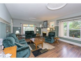 """Photo 4: 18076 58TH Avenue in Surrey: Cloverdale BC House for sale in """"CLOVERDALE"""" (Cloverdale)  : MLS®# F1440680"""