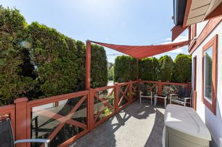 Photo 22: 1106 ST. GEORGES Avenue in North Vancouver: Central Lonsdale Townhouse for sale : MLS®# R2460985