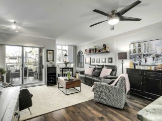 """Photo 4: 201 2665 W BROADWAY in Vancouver: Kitsilano Condo for sale in """"MAGUIRE BUILDING"""" (Vancouver West)  : MLS®# R2548930"""