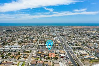 Photo 4: IMPERIAL BEACH House for sale : 2 bedrooms : 745 13th St