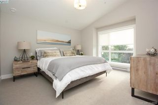 Photo 19: 7872 Lochside Dr in SAANICHTON: CS Turgoose Row/Townhouse for sale (Central Saanich)  : MLS®# 822582