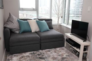 "Photo 9: 606 33 SMITHE Street in Vancouver: Yaletown Condo for sale in ""Coopers Lookout"" (Vancouver West)  : MLS®# R2440133"