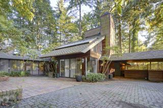 Photo 18: 2571 LARKIN Avenue in Port Coquitlam: Woodland Acres PQ House for sale : MLS®# R2412660