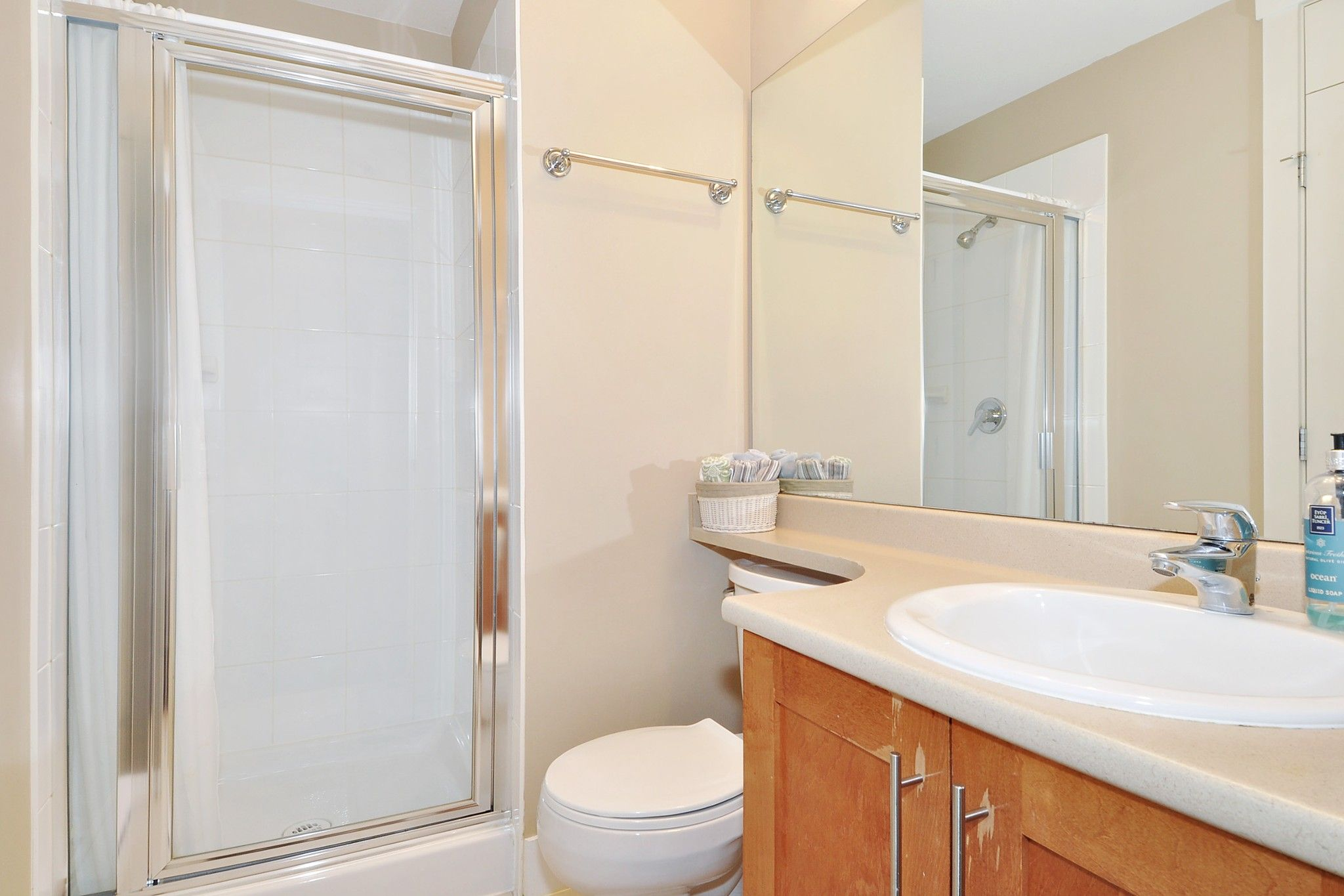 """Photo 11: Photos: 222 2083 W 33RD Avenue in Vancouver: Quilchena Condo for sale in """"DEVONSHIRE HOUSE"""" (Vancouver West)  : MLS®# R2341234"""