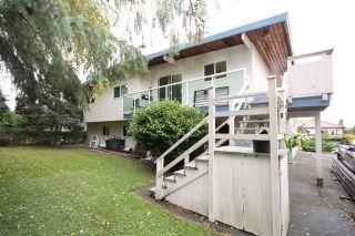 Photo 3: 5346 4A Avenue in Delta: Pebble Hill House for sale (Tsawwassen)  : MLS®# R2411404