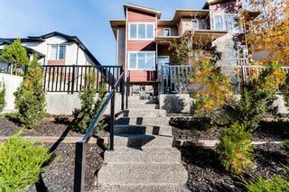 Photo 1: 1 532 56 Avenue SW in Calgary: Windsor Park Row/Townhouse for sale : MLS®# A1150539