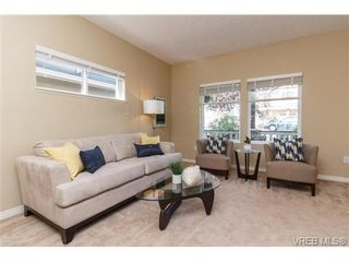 Photo 3: 108 Thetis Vale Cres in VICTORIA: VR Six Mile House for sale (View Royal)  : MLS®# 707982