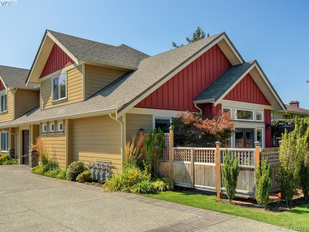 Main Photo: 1 2419 Malaview Ave in SIDNEY: Si Sidney North-East Row/Townhouse for sale (Sidney)  : MLS®# 831774