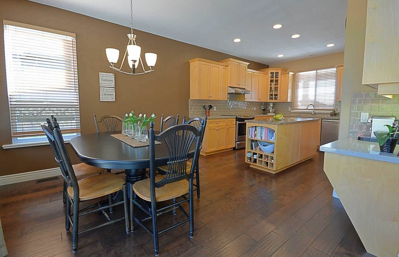 """Photo 9: Photos: 3087 MOSS Court in Coquitlam: Westwood Plateau House for sale in """"WESTWOOD PLATEAU"""" : MLS®# R2154481"""