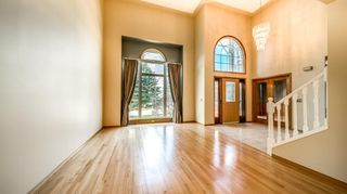 Photo 10: 65 Varsity Estates View NW in Calgary: Varsity Detached for sale : MLS®# A1105779