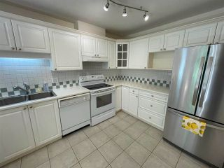 """Photo 11: 104 5735 HAMPTON Place in Vancouver: University VW Condo for sale in """"THE BRISTOL"""" (Vancouver West)  : MLS®# R2590076"""