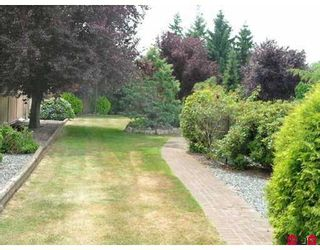 Photo 9: 16779 EDGEWOOD DR in Surrey: Grandview Surrey House for sale (South Surrey White Rock)  : MLS®# F2616362