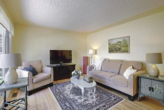 Photo 5: 2 Kelwood Crescent SW in Calgary: Glendale Detached for sale : MLS®# A1114771