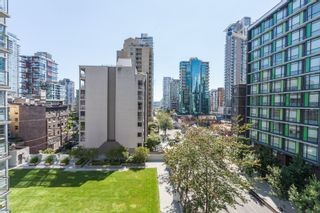 """Photo 17: 605 1212 HOWE Street in Vancouver: Downtown VW Condo for sale in """"1212 Howe"""" (Vancouver West)  : MLS®# R2091992"""