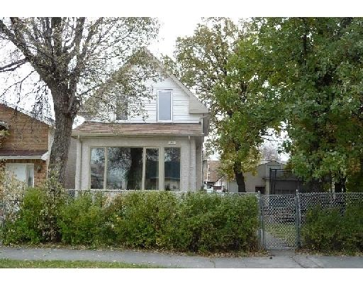 Main Photo: 375 PARKVIEW ST in WINNIPEG: St James Residential for sale (West Winnipeg)  : MLS®# 2919832