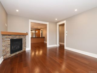 Photo 12: 2 1245 Chapman St in Victoria: Vi Fairfield West Row/Townhouse for sale : MLS®# 837185