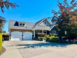 Photo 2: 3 7575 DICKINSON Place in Chilliwack: Eastern Hillsides House for sale : MLS®# R2598186