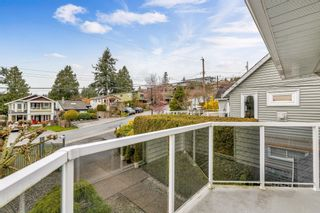 "Photo 27: 942 PARKER Street: White Rock House for sale in ""EAST BEACH"" (South Surrey White Rock)  : MLS®# R2447986"