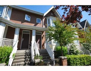 Photo 1: 489 W 46TH Avenue in Vancouver: Oakridge VW Townhouse for sale (Vancouver West)  : MLS®# V769159