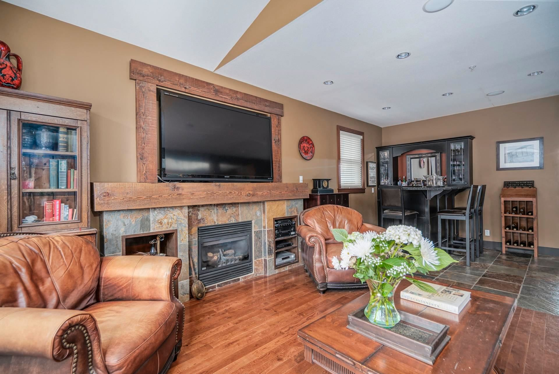 """Photo 10: Photos: 1662 KNAPPEN Street in Port Coquitlam: Lower Mary Hill House for sale in """"Knappen Gardens"""" : MLS®# R2593877"""