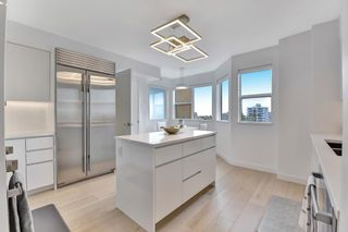 Photo 12: 1001 2288 W 40TH Avenue in Vancouver: Kerrisdale Condo for sale (Vancouver West)  : MLS®# R2576875