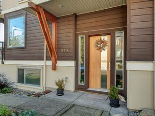 Photo 2: 453 Regency Pl in Colwood: Co Royal Bay House for sale : MLS®# 831032