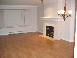 Photo 3: 105 257 E Keith Road in : Lower Lonsdale Townhouse for sale (North Vancouver)  : MLS®# V894461